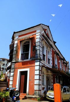 #Fontainhas is an old Latin Quarter in the city of #Panaji in #Goa, India. It…