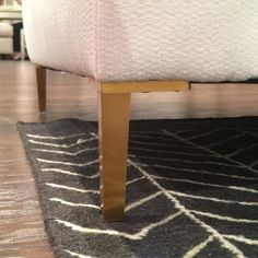 Last week I shared the color trends I saw at Market and today I have the first four of eight trends I spotted at Market. As always, this report is light on text but heavy on photos because I would rather show you what I saw then tell you what I saw. The first four trends I saw are: Fresh Traditional Fashionable Furniture Metallics 70's are the new mid century