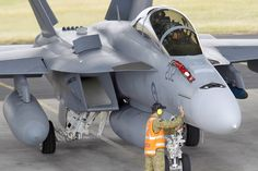 The RAAF is sending the Super Hornet to Exercise Red Flag for the first time, part of a deployment of 14 aircraft and 410 personnel to the US Air… Boeing Aircraft, Navy Aircraft, Fighter Aircraft, Military Helicopter, Military Jets, Military Aircraft, Military Weapons, Australian Defence Force, Royal Australian Air Force
