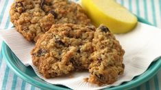 oatmeal cookies with quick oats & oatmeal cookies ` oatmeal cookies easy ` oatmeal cookies healthy ` oatmeal cookies chewy ` oatmeal cookies recipes ` oatmeal cookies chocolate chip ` oatmeal cookies easy 2 ingredients ` oatmeal cookies with quick oats Easy Oatmeal Raisin Cookies, Oat Cookies, Oatmeal Cookie Recipes, Chocolate Chip Oatmeal, Healthy Cookies, Baked Oatmeal, Chocolate Chips, Oatmeal Raisins, Cookie Recipie