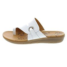 Amazon.com   BareTraps Women's Jones Toe Ring Sandal, White, Size 10.0   Platforms & Wedges