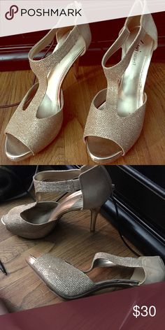 Heels! Gold. Size 9.5. Absolutely gorgeous shoes! Shoes Heels