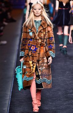 9 Milan Fashion Week Looks You'll See on Magazine Covers ASAP via @WhoWhatWearUK