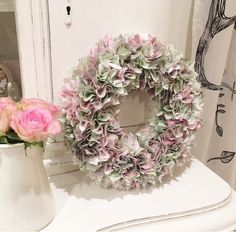 Shabby-Stoff-Kranz Floral Wreath, Shabby Chic, Wreaths, Home Decor, Fabric Wreath, Chic, Homemade Home Decor, Door Wreaths, Deco Mesh Wreaths