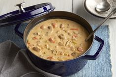 Feed your family this One-Pan Creamy Chicken Stew at dinner this evening. Shredded cheddar teams up with cream cheese spread to give this One-Pan Creamy Chicken Stew recipe its amazing flavor and smooth texture. Creamy Chicken Stew, Stew Chicken Recipe, Chicken Casserole, Casserole Recipes, Soup Recipes, Chicken Recipes, Cooking Recipes, Chicken Thyme, What's Cooking