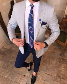 Business casual looks for men custom made by visiting Giorgenti New York in their private Long Island showroom! Grey blazer/sport coat over white custom dress shirt and and blue fitted dress pants! Blazer Outfits Men, Mens Fashion Blazer, Suit Fashion, Blue Blazer Outfit Men, Blazer Shirt, Women Blazer, Brown Blazer, Casual Blazer, Blazer Dress