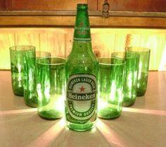 vasos de vidrio realizados a mano utilizando botellas recicladas de cerveza heineken vaso vidrio pulido
