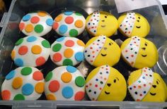 Your Children In Need baking pics Bear Cupcakes, Cupcake Cakes, Children In Need Cupcakes, Toddler Crafts, Crafts For Kids, School Cake, Sweet Trees, Bear Crafts, Cupcake Heaven