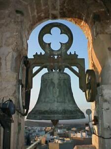 Llíria - Campana antes de la restauración- Foto Francesc LLOP i BAYO
