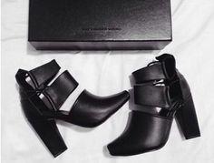| Black Heels • Wardrobe Basic |