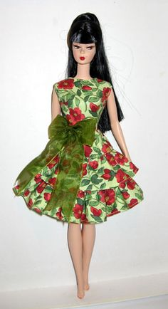 Posts about barbie free dress patterns written by helen Sewing Barbie Clothes, Barbie Sewing Patterns, Doll Dress Patterns, Crochet Doll Clothes, Clothing Patterns, Fashion Dolls, Moda Fashion, Dress Barbie, Barbie Outfits