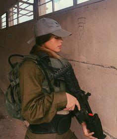 IDF - Israel Defense Forces - Women Idf Women, Military Women, Military Female, Military Careers, Brave Women, Aesthetic Women, Female Soldier, Warrior Princess, Armed Forces