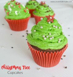 A simple and fun Christmas Tree Cupcake recipe that the kids will love