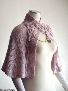 Capelet Knitting Pattern Arien of Dorthonion by TheJaneVictoria, $5.00
