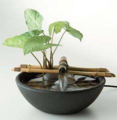 ideas diy garden fountain planters for 2019 Bamboo Fountain, Diy Garden Fountains, Tabletop Water Fountain, Diy Fountain, Small Fountains, Indoor Water Fountains, Indoor Fountain, Rock Fountain, Outdoor Fountains