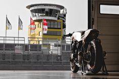 Honda Nighthawk 750 cafe racer by Kaspeed Cb750 Cafe Racer, Cafe Racers, Honda Nighthawk, Bmw Boxer, Yamaha R1, Honda S, Ducati Monster, Nsx, Riding Gear