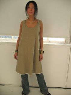 PIP-SQUEAK CHAPEAU ETC. japanese apron dress made of linen and cotton Front off apron dress