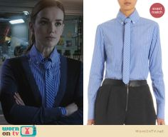 Jemma's blue striped shirt with matching tie on Agents of SHIELD. Outfit Details: http://wornontv.net/23370 #AgentsofSHIELD