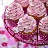 Raspberry pastelitos con crema de frambuesa