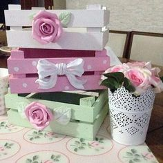 DIY Easy Shabby Chic Arts and Crafts Ideas Einfache Shabby Chic-Bastelideen 8 Arte Shabby Chic, Shabby Chic Crafts, Shabby Chic Homes, Shabby Chic Style, Shabby Chic Decor, Decoration Shabby, Fruits Decoration, Diy And Crafts, Arts And Crafts