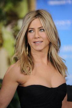 Jennifer Aniston #celebrities #celebrityhair #celebritymakeup