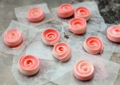 Shaded Royal Icing Roses Tutorial (The Sweet Adventures of Sugarbelle)