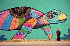 #ArteCallejero en #Tijuana, al norte de #Mexico. Asombrosas figuras llenas de significados.