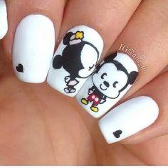 Manucure Disney Mickey Minnie #nails #nailart #myfashionlove #mode #tendance www.myfashionlove.com