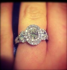 Vera Wang LOVE 1-1/2 CT. T.W. Oval Diamond Three Stone Engagement Ring in 14K White Gold