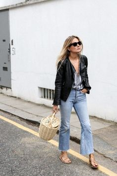 Where To Buy That Jane Birkin-Style Basket Bag Everyone's Been Carrying - Style Fashion Me Now, Womens Fashion, Fashion Trends, Estilo Jane Birkin, Jane Birkin Style, Spring Summer Fashion, Spring Outfits, Jean Outfits, Cute Outfits
