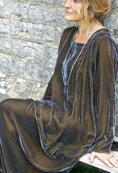 The Tasman dress in velvet is a great choice particularly for Autumn/Winter weddings....or even English summers!.