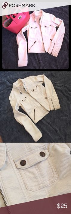Abercrombie & Fitch Corduroy Jacket Corduroy jacket in an off white color. Very cute and perfect for fall!! Purse can be bundled for a discount! Abercrombie & Fitch Jackets & Coats