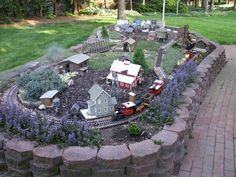 Garden Railroad: Illiana Garden Railway Society (IGRS) #modeltrainlayouts