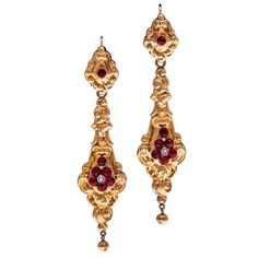 """Early Victorian Gold Day To Night Garnet Earrings -- 1835 -- English made """"Day to Night"""" earrings in yellow gold, with an ornate display of polished gold on one side and the identical pattern on the other, decorated with garnet and natural seed pearls. Victorian Gold, Victorian Jewelry, Antique Jewelry, Vintage Jewelry, Victorian Era, Fancy Earrings, Antique Earrings, Gold Earrings, Drop Earrings"""