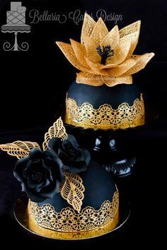 Black & Gold Mini Cakes Gorgeous Cakes, Pretty Cakes, Amazing Cakes, Cupcakes, Cupcake Cakes, Unique Cakes, Creative Cakes, Fancy Cakes, Mini Cakes