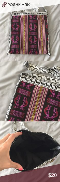 Tribal Print Purse Brand new! Zip top closure. Can wear on shoulder or cross body style. Bags Crossbody Bags