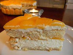 Tvarohový dort s mascarpone, piškoty a broskvemi recept  Labužník ...