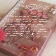 Ahşap kitap kutu