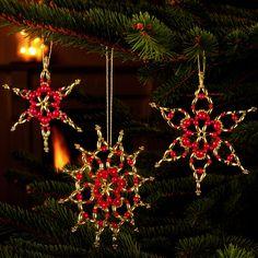 6 Sterne im Set, ca. 10 cm - Glamouröser Perlen-Weihnachtsschmuck – als Komplettpackungen zum kreativen Selbermachen. « Weihnachtsschmuck « Saisonales Basteln « Basteln im Junghans-Wolle Creativ-Shop kaufen