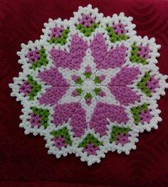 Crochet Potholder in Thread with Red Rose Flower New in Vintage Style Crochet Doily Diagram, Easy Crochet Patterns, Crochet Designs, Loom Flowers, Crochet Flowers, Crochet Potholders, Crochet Doilies, Teapot Cover, Rainbow Crochet