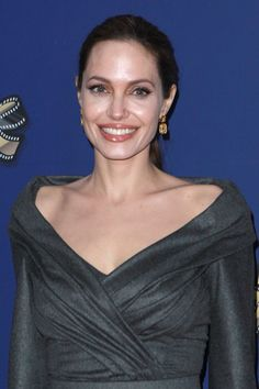 Stars praise Angelina Jolie for her courage on speaking out over double mastectomy - Photo 1 | Celebrity news in hellomagazine.com