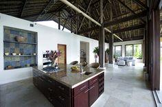 CR http://freshome.com/2011/03/30/luxurious-hideaway-villa-mayana-in-costa-rica/