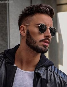 Cool Men's Hairstyle Ideas With Awesome Beard Style For Here we are going to share the Next Hairstyles Ideas for the Stylish Men's who want to searching the Gorgeous Styles. In this Post you can see this Perfect Hairstyles Trends for the Men's inclu Mens Hairstyles With Beard, Cool Hairstyles For Men, Cool Haircuts, Hairstyles Haircuts, Haircuts For Men, Hairstyle Ideas, Popular Haircuts, Beard Styles For Men, Hair And Beard Styles