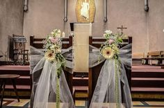 chair decorations with fresh flowers for weddings, by Poésie d'un Jour, Florist in France