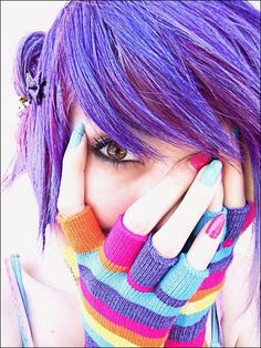 I want my hair this color right now. Also, I want those gloves. :D