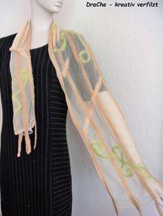 Filzschals - zarter Filzschal aus Seide und Merino - ein Designerstück von…