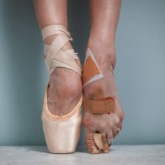 Tyler Shields, Summer of 2015, Pointe l Ballet, Ballerina, Blood, Scabs, Wounds, Hard work, Success, Pointed toes, Feet, Practice, Perfection, Photography, Art
