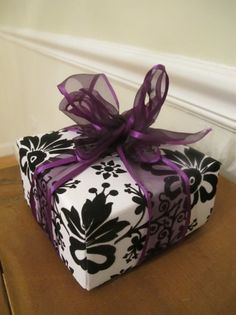 DIY gift box from scrapbook paper... A video tutorial.