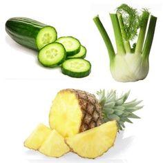 Centrifugato Drenante | 2 cetrioli, 2 Finocchio, 3 fette di ananas Vegan Breakfast Smoothie, Vegan Smoothies, Smoothie Detox, Healthy Juices, Healthy Drinks, Raw Food Recipes, Healthy Recipes, Nutrient Rich Foods, Detox Drinks