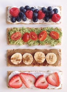 Fruits, colors and fantasy ! Coconut Yogurt, Breakfast Time, Cooking Light, Almond Butter, T 4, New Recipes, Sushi, Avocado, Berries